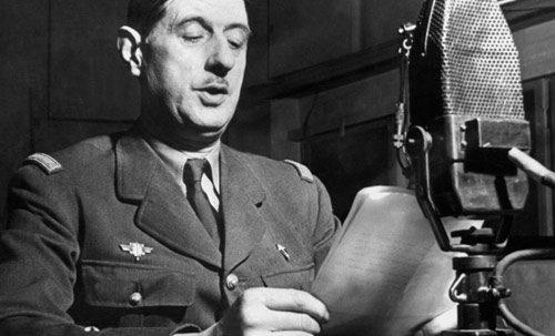 Charles de Gaulle parlant à Radio Londres.